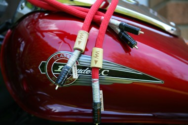 Way-Cables-Dynamic-2-Interconnect-on-Suzuki-Intruder-5