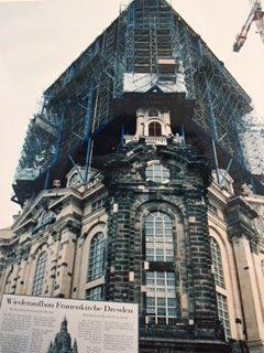 ドレスデンのフラウエン教会復元中の写真