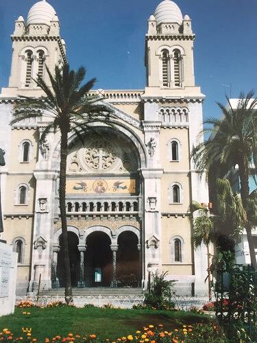 チュニジアの首都チュニスの教会