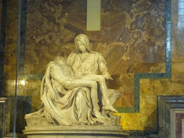 ローマ・バチカン市国のサンピエトロ大聖堂のピエタ