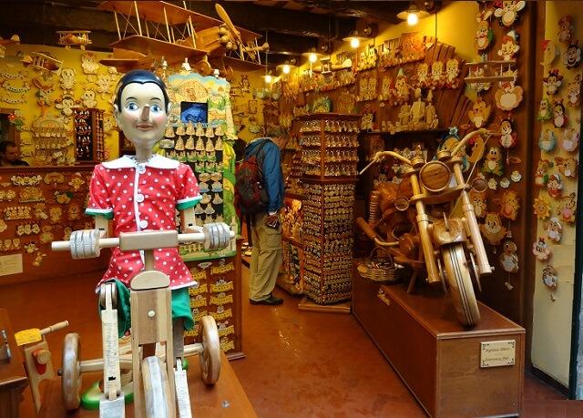 イタリア・フィレンツェのピノキオのお店