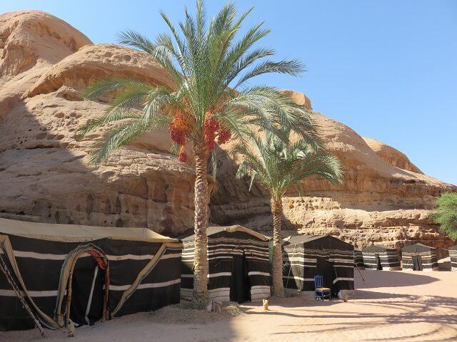 ヨルダン・ワディラムのキャンプ場