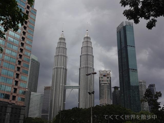 マレーシア・クアラルンプールのぺトロナスツインタワー