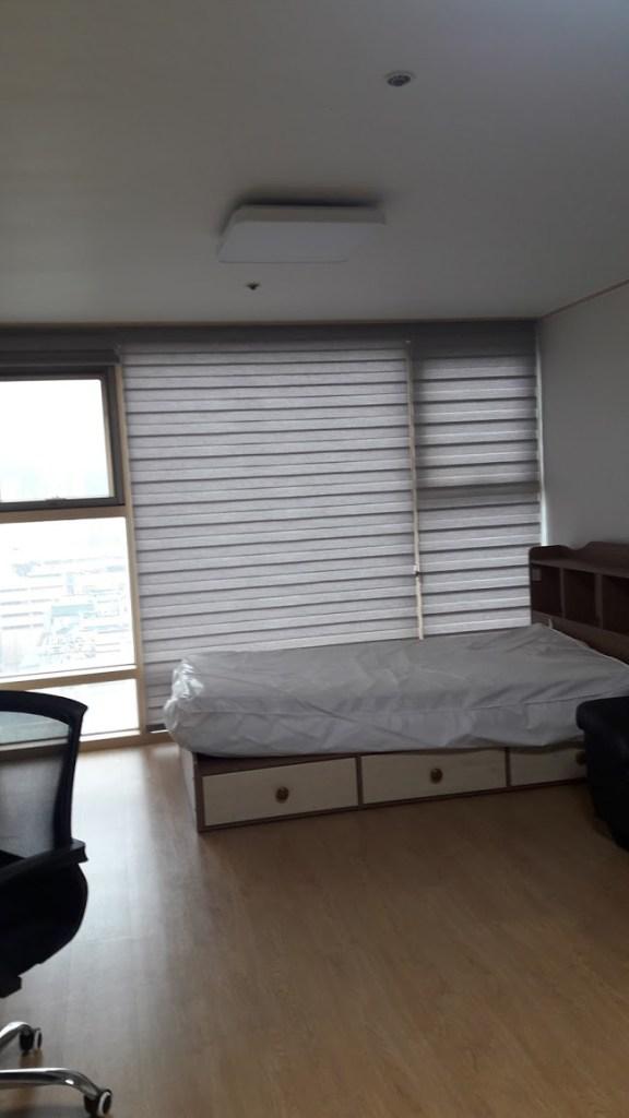 apartment empty