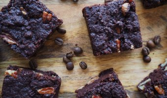 Vegan-Chocolate-Coffee-Pecan-Brownies