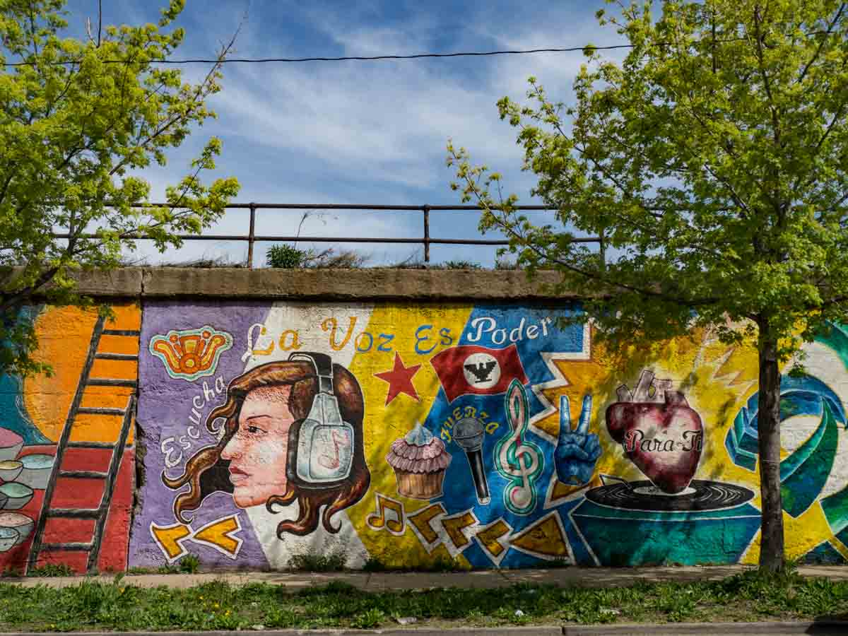 A neighborhood guide to discovering chicago street art la voz mexican street art pilsen chicago amipublicfo Gallery