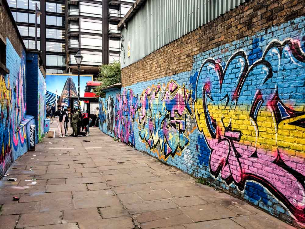 Shoreditch graffiti lane