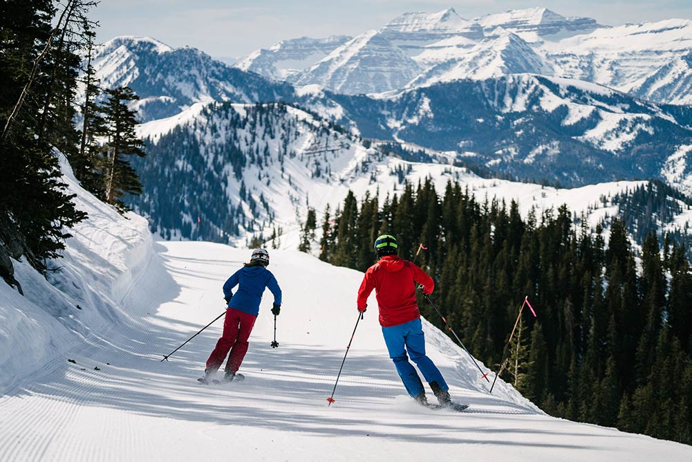 Skiing at Brighton Ski Resort: finding Salt Lake and Park City discount lift tickets