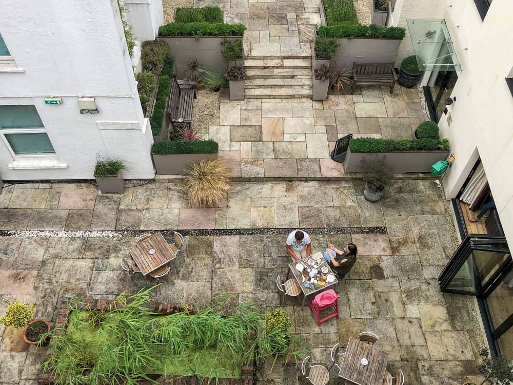 Bristol England Brooks Guesthouse courtyard