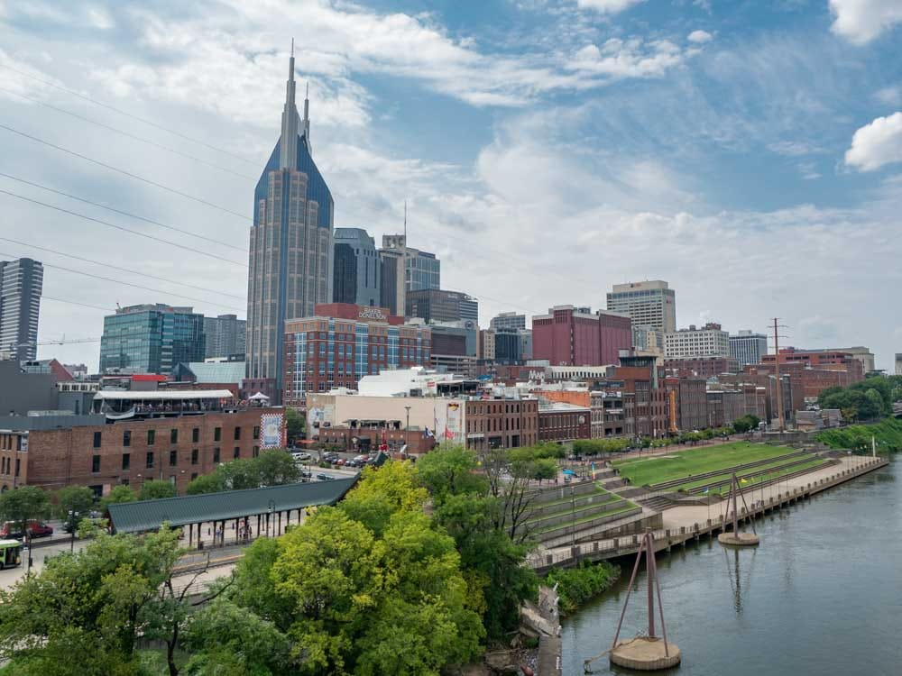 Nashville itinerary: daytime skyline from pedestrian bridge