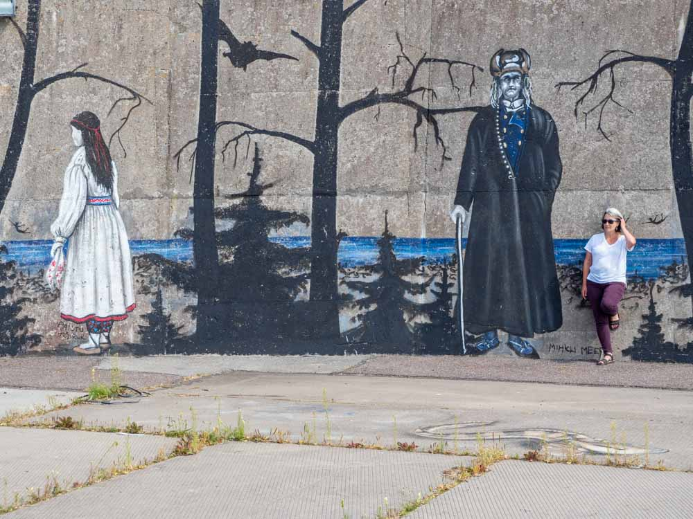 Tallinn mural by Bach BaBach folk culture