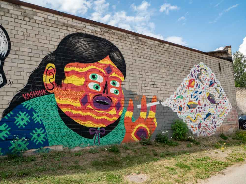Tartu Estonia murals: by Kashink