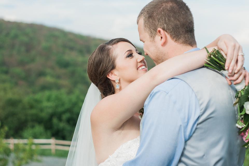 Overlook Barn Wedding Photos