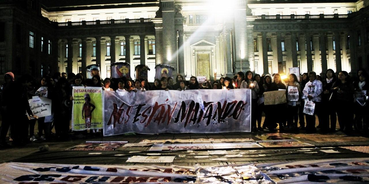 Plantón por víctimas de feminicidio y mujeres desaparecidas