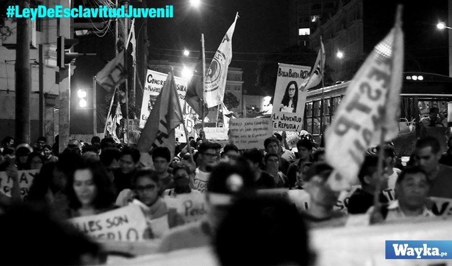 Tercera marcha contra ley de esclavitud juvenil
