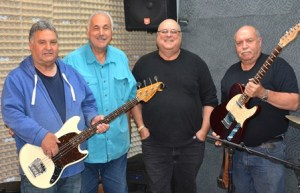 Framingham Summer Concerts on the Green: Larry Bee and the Buzz @ Framingham Village Green
