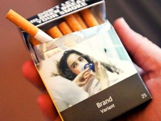 Plain_cigarette_1