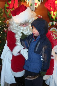 christmas_in_waynedale_2011_photo_20120607_1373851977