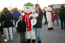 christmas_in_waynedale_2011_photo_20120607_1843043842