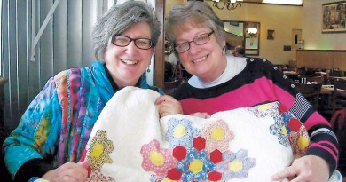 THE GREAT QUILT ADVENTURE – Around The Frame