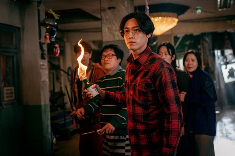 《SWEET HOME》影評,人的欲望摧毀了這個世界