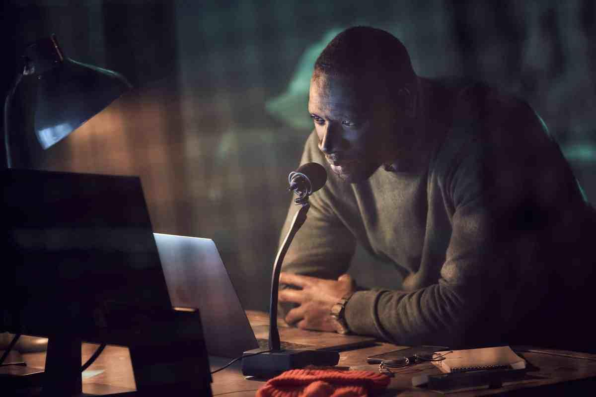 現代版《亞森羅蘋》由歐馬·希主演,2021年1月8日在NETFLIX上架