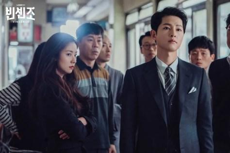 韓劇《黑道律師文森佐》首集心得,不要騙我這明明是搞笑片