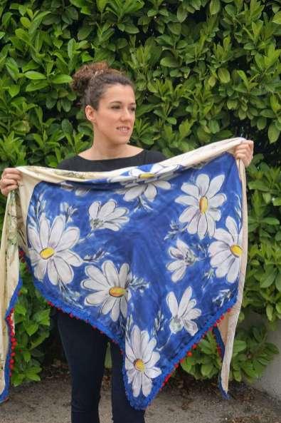 Wayome Upcycling foulard bleu blanc rouge deplié bleu