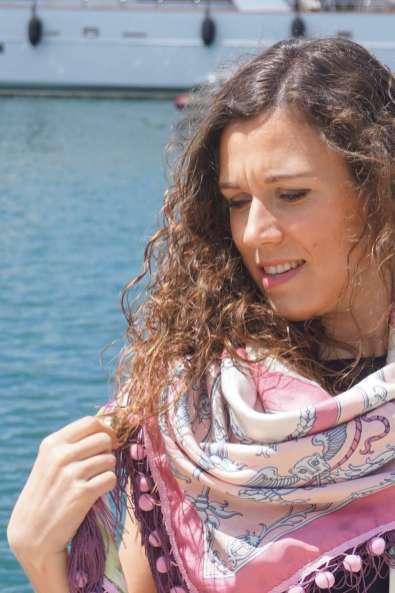 Wayome Upcycling foulard rose et violet zoom image une