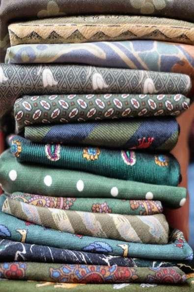 Wayome Upcycling des cravates et encore des cravates vert vertical