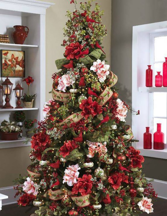 floral-christmas-tree 1