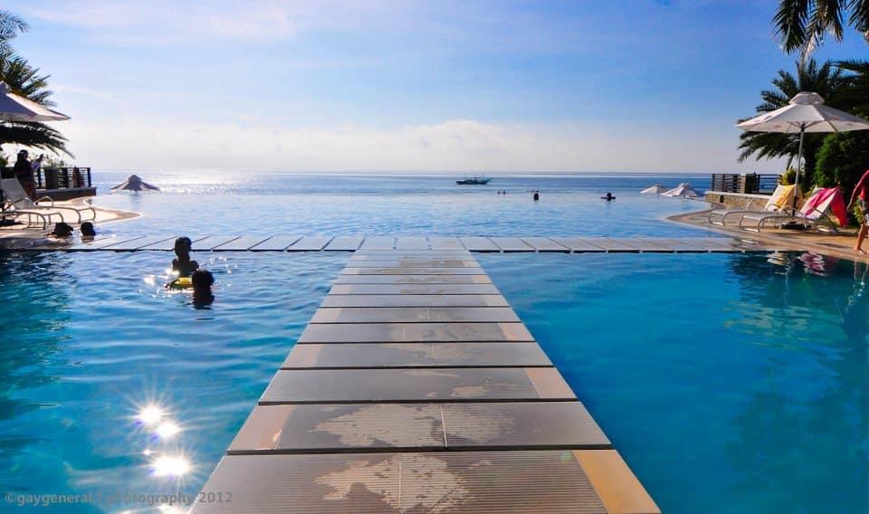 Infinity pool for Batangas beach and swimming pool resort