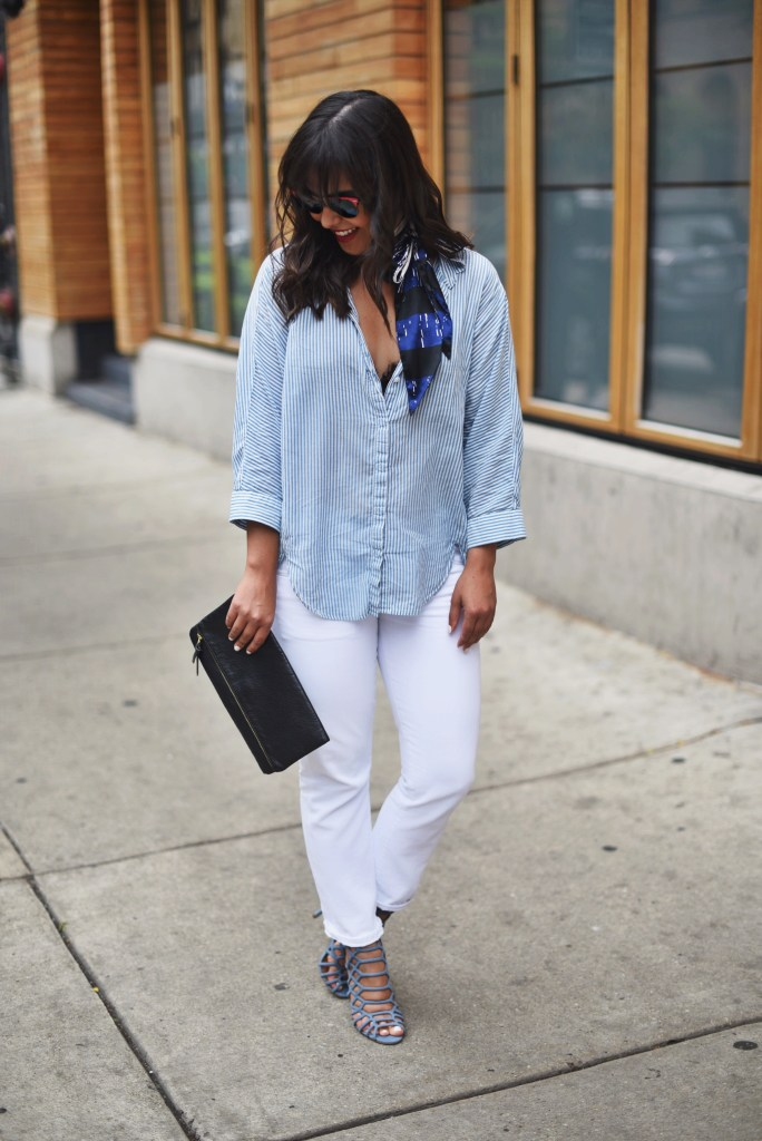 How to wear white jeans to go out