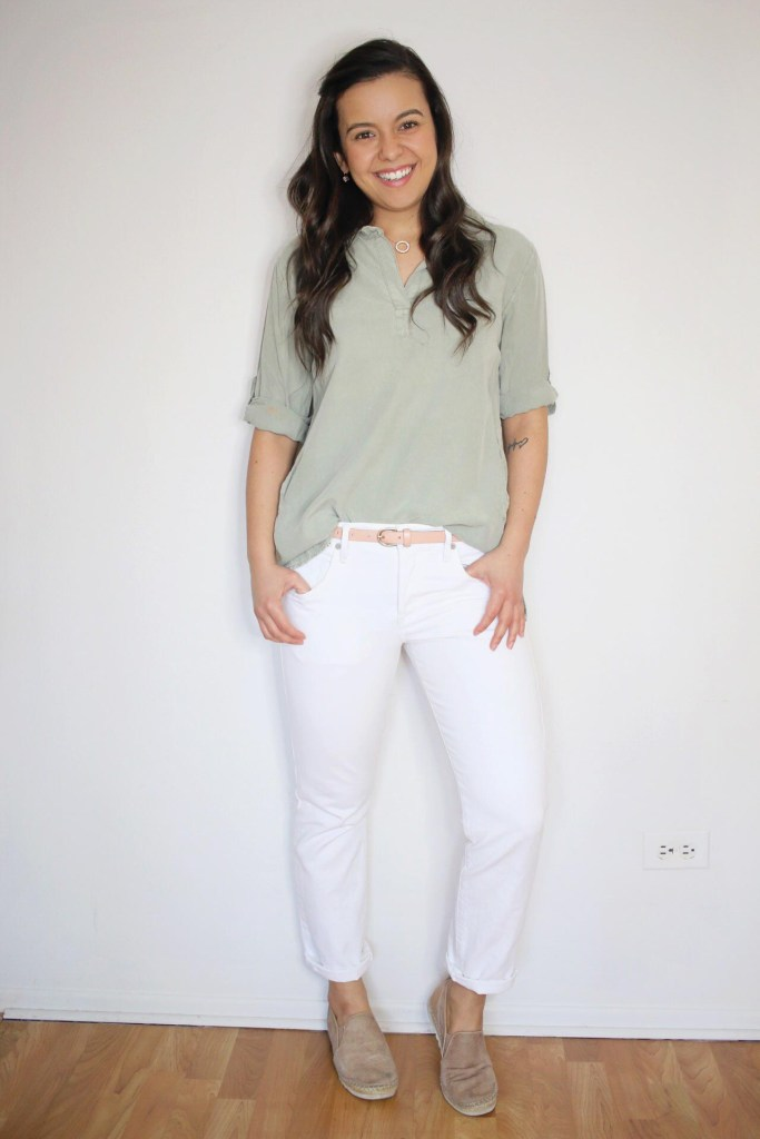 how to style white jeans casually