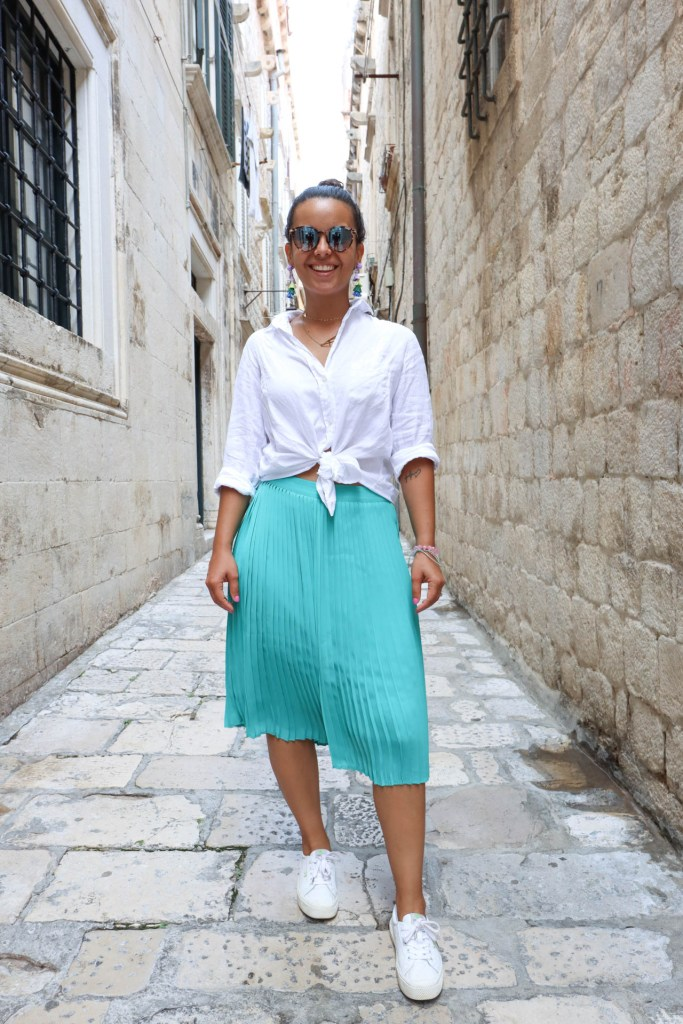 How to create a capsule wardrobe for trav