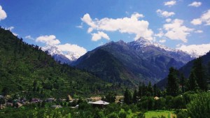 mountains of parvati valley