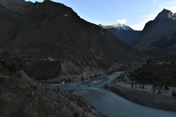 chandra bhaga confluence at tandi, lahaul in himachal pradesh