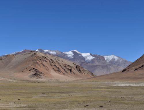 The barren landscapes of Manali-Leh Highway somewhere after Baralacha La