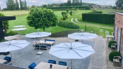 Infina Garden umbrella zilte zoen3 (Copy)