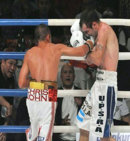 Chris John Returns To Dominate Fernando Saucedo