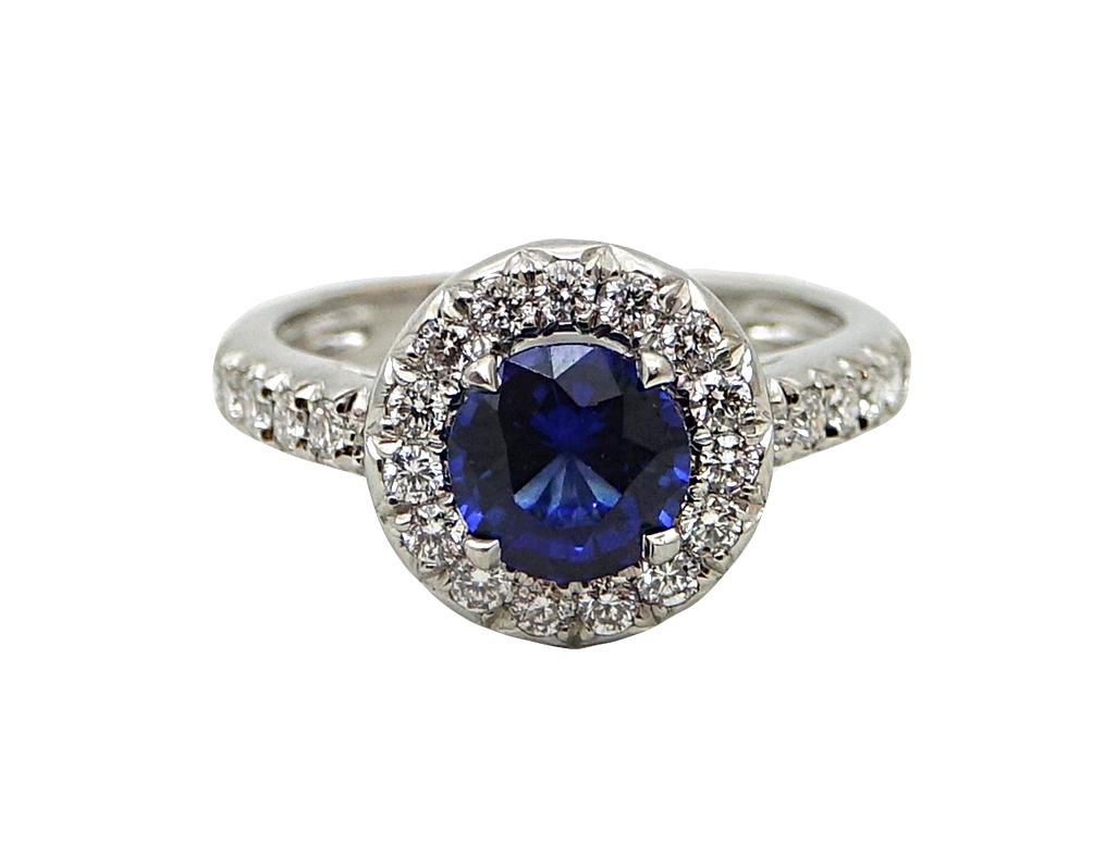 153 Carat Sapphire And Diamond Platinum Ring Worlds Best