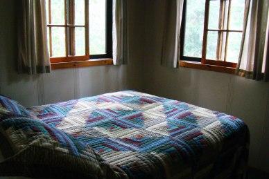 Cabin Seven: Bedroom 1