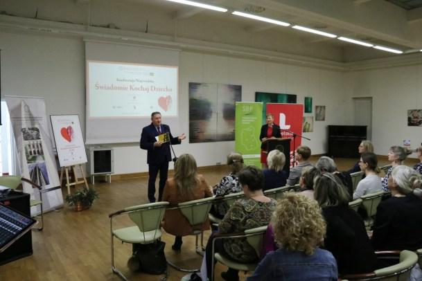 Tadeusz Sławecki – Dyrektor WBP im. H. Łopacińskiego w Lublinie powitał uczestników spotkania