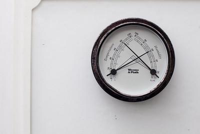 Humidity and early start may hamper seasonal COVID-19 transmission