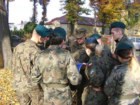 """Klasa wojskowa z mieleckiego """"Elektryka"""" na szkoleniu w Dębicy [FOTO]"""