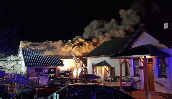 Pożar w Błoniu [FOTO, VIDEO]