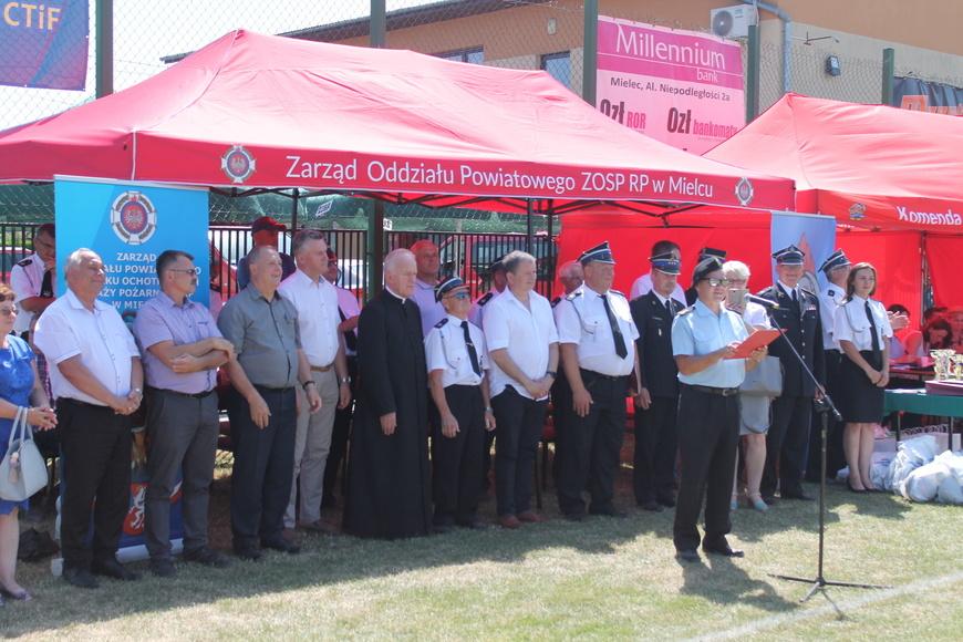 Rywalizowały strażackie drużyny OSP [FOTO]