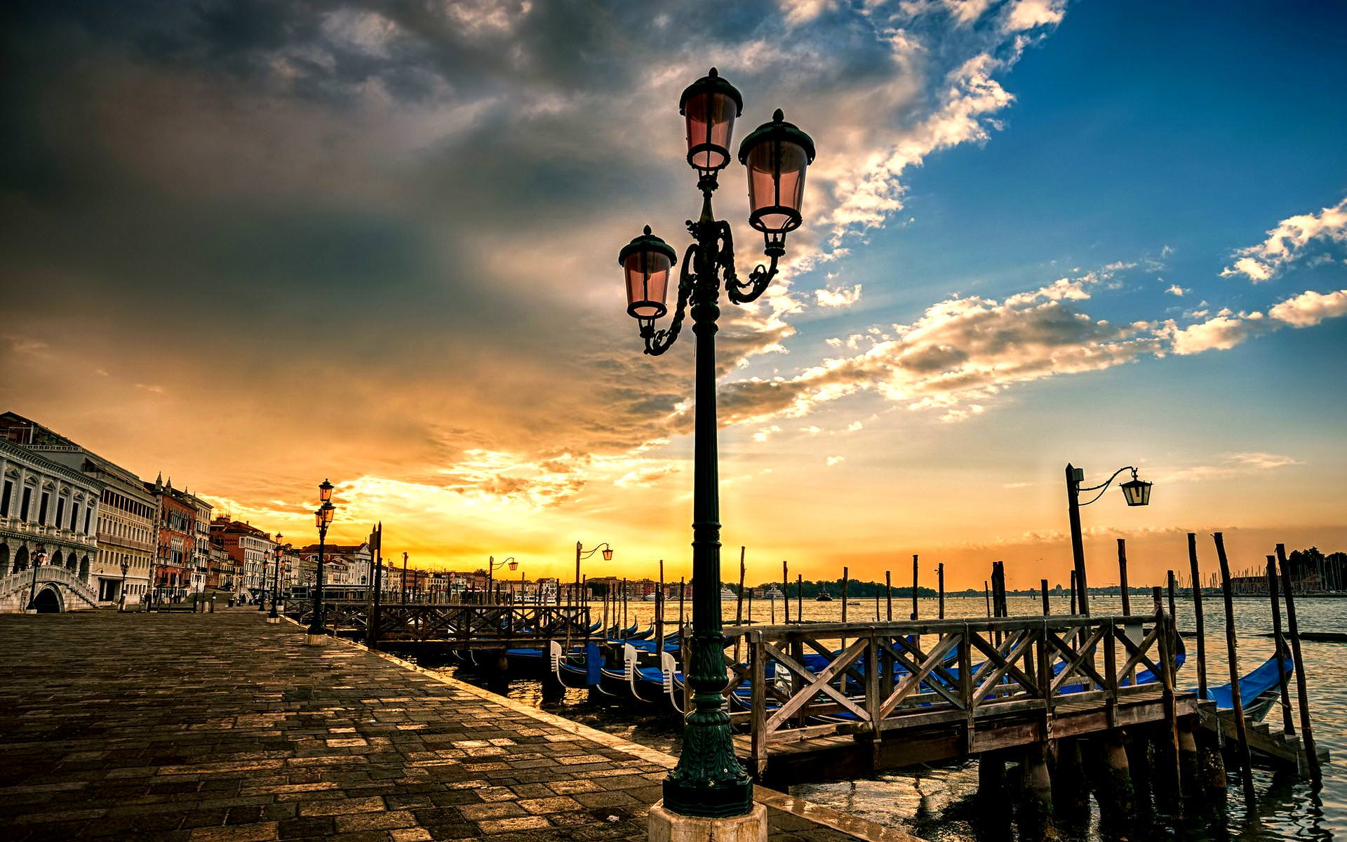 Venice Wallpaper Collection