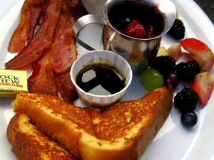 Youth Fundraising French Toast Lunch @ Winnipeg Centre Vineyard | Winnipeg | Manitoba | Canada