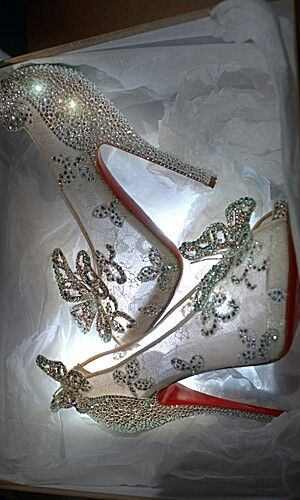 wedding shoe cinderella